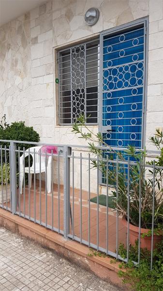 La casa e situata in MARUGGIO (Taranto) 2 Km dalla costa Ionica di ...